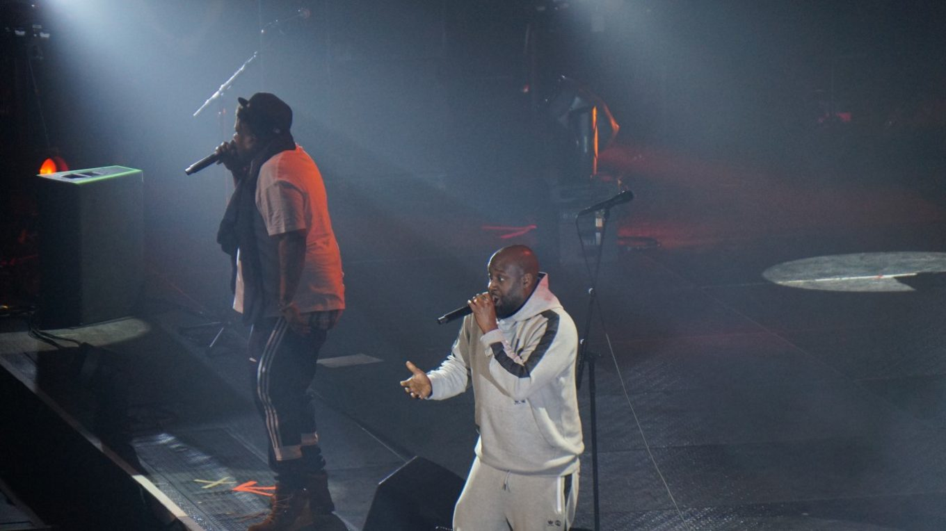 De La Soul on stage with Gorillaz